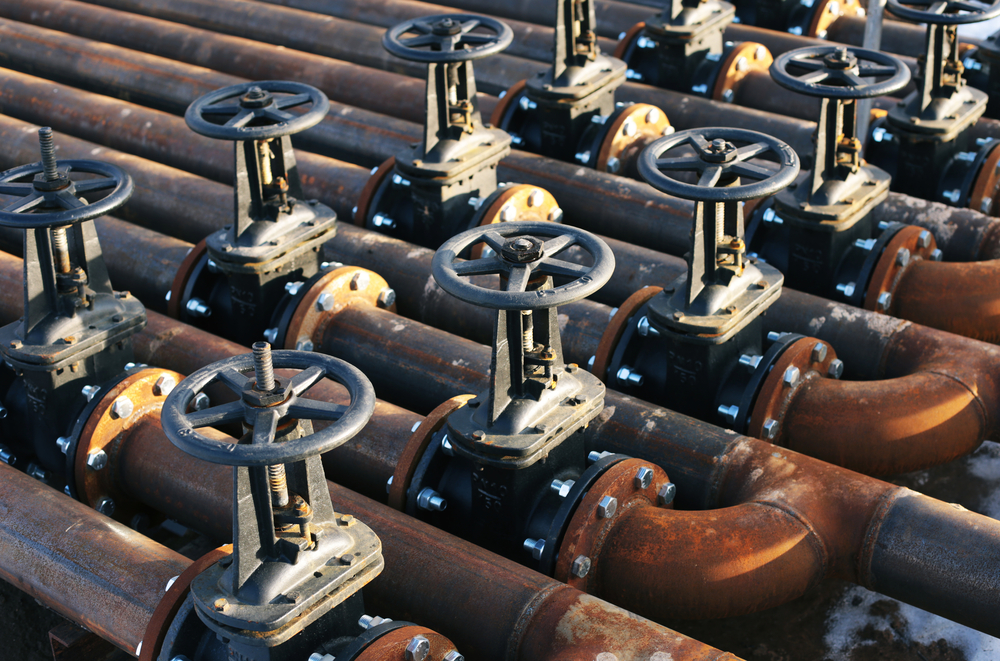 Forged vessel components with valves