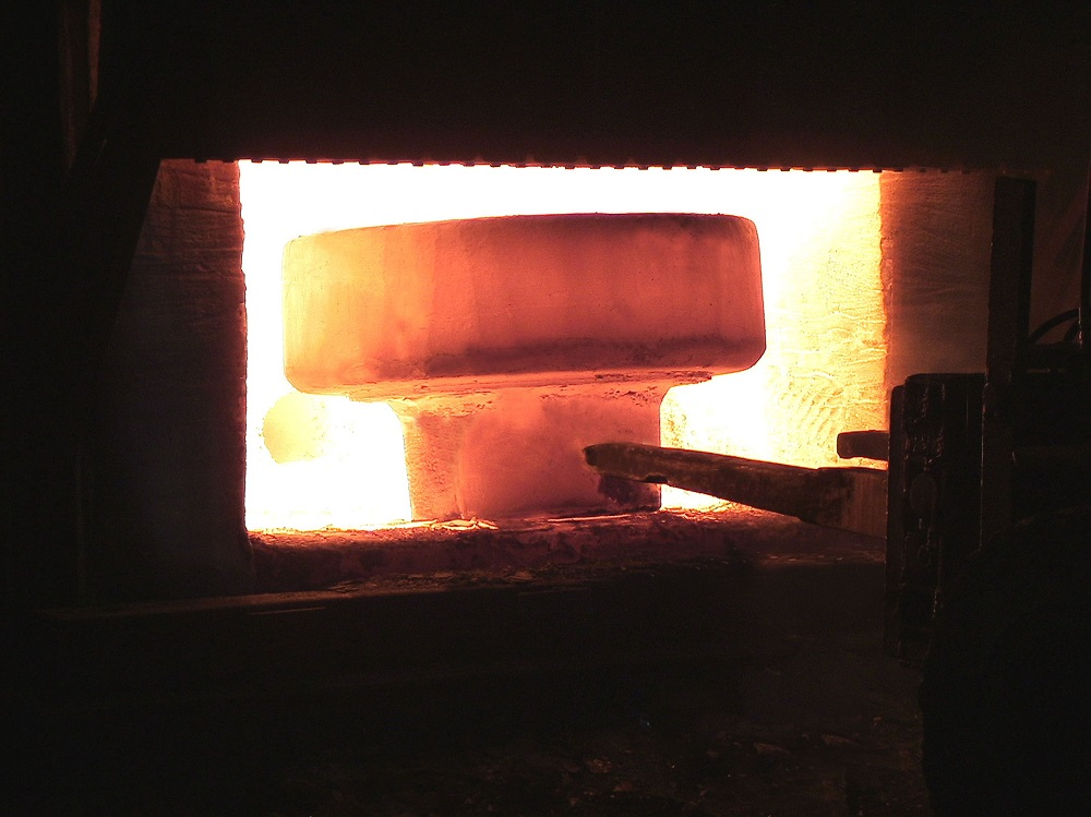 Forging process for a forged flange supplier